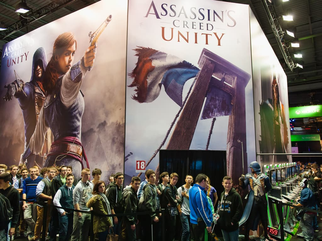 PGW - Mercredi 29 Octobre 2014 - Fil d'attente et stand Assassin's Creed Unity - Ubisoft - Xbox